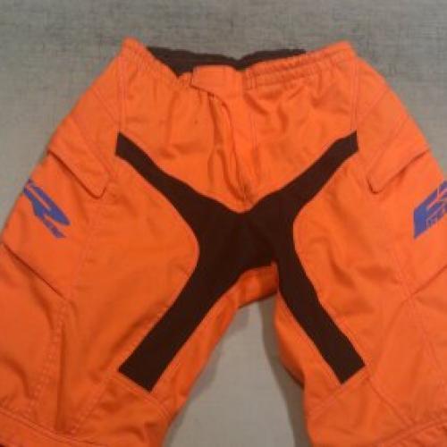 Egy színű free ride nadrágok